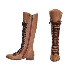 Steve Madden Brown Perrin Boots